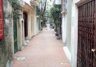 Chủ nhà cần bán gấp nhà ngõ rộng phố Yên Lãng, Dt 60m2, giá  chỉ 4,2 tỷ