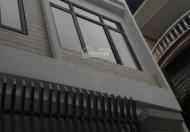 Cho thuê nhà 3 tầng, 60m2, 3 PN, Cầu Giấy- 8tr/tháng