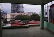 Bán nhà mặt ngõ Chùa Láng, 6 tầng thang máy, MT 4.5m kinh doanh sầm uất, giá 4.5 tỷ
