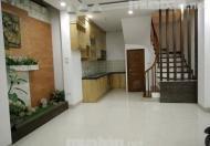 Bán nhà ngõ phố Kim Mã, Ba Đình, siêu đẹp, siêu rẽ. Giá 2,4 tỷ.