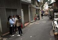 Nhà  ngõ 27 phố Lương Định Của, Ô tô đỗ cửa , DT 23m2, MT 3m, 3tầng, Giá 3.1 tỷ