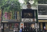 Cho thuê nhà MT Quang Trung gần ngã 6 Gò Vấp, DT: 4x13m, trệt, 2 lầu. Giá: 52tr/th