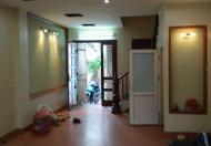 Cho thuê nhà 5 tầng, 5 PN, nội thất cao cấp ở Ngọc Thụy, 10tr/tháng
