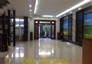 Villa Cho Thuê Đường Nội Bộ Quốc Hương 200m2 Phường Thảo Điền Quận 2  Giá 1600 usd/tháng Diện tích : 200m 2.