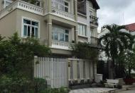 Cho thuê gấp villa, hẻm 33 Quốc Hương, Thảo Điền, Quận 2. Giá 27.3 triệu/tháng, diện tích 71,4m2