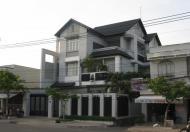 $Cần bán biệt thự Nguyễn Chí Thanh, P.5, Q.10, DT: 480m2, trệt, 2 lầu. Giá: 150tr/m2
