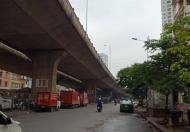 Bán nhà mặt phố chợ Vĩnh Tuy DT 60m2 X 2,5 tầng, MT 5,8m. Giá 6,8 tỷ( có TL). SĐCC