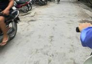 Bán đất 2 mặt tiền Thạch Bàn, đường ô tô có sẵn nhà cấp 4. Dt 55m–2.36 tỷ. LH 0973683486
