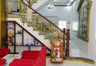 Chính chủ cần bán nhà HXH 8m,Q1,DT 45m2,3 tầng,Gía chỉ 7,2 tỷ.