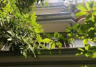 Bán gấp nhà đẹp nhất Hai Bà Trưng, có vỉa hè, 38m2, 4 tầng, giá cực sốc hơn 5 tỷ, 0947 332 742