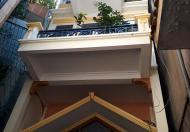 Bán nhà mặt phố Hoàng Hoa Thám, KD, cho thuê, 32m2, MT: 4,6m, giá 5,2 tỷ