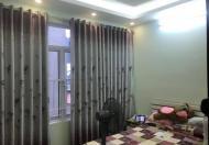 Nhỉnh 4 tỷ có nhà đẹp mặt phố Đê Trần Khát Chân, 4 tầng, MT 5m, KD siêu lợi nhuận, LH 0904551340