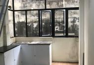 Bán nhà nhỏ xinh khu an ninh quân đội 28B Điện Biên Phủ: 18m2x 5 tầng. Ban công thoáng mát.Giá 3 tỷ.