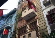 Bán nhà Duy Tân, Cầu Giấy, Hà Nội, 55m2, 5T, chia lô, ô tô vào nhà, giá 7.6 tỷ