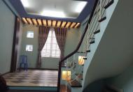 Bán nhà 25.93 Trần Hữu Tước, Dt 16m2, 2 tầng, Mt 3.7m, giá 1.65 tỷ