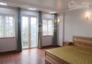 Cho thuê nhà đẹp 10 phòng ngủ tại Văn Cao, giá chỉ 30tr/th