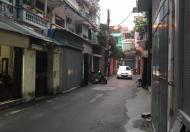Nhà đẹp cần bán khu Hào Nam, ô tô tránh, giá 3 tỷ.