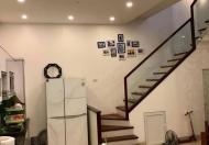 Cần bán nhà khu Đặng Văn Ngữ, dt 46m2 x 5 tầng, mt 4m giá 5 tỷ 5