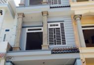 Kẹt tiền -Cần bán gấp nhà 1T2L giá rẻ- vị trí tốt ngay sát mặt tiền đường Lê Văn Khương