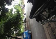 Cho thuê kho 300 m2, gần ngã tư Trâu Quỳ, Gia Lâm, Hà Nội.