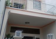 Kẹt tiền cần bán gấp nhà mới 1 trệt, 1 lầu đúc, hẻm 70 đường CMT8, gần Vincom Hùng Vương