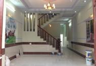 Bán gấp nhà mặt tiền đường Hương lộ 11, Hưng Long, giá 540 triệu