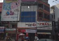 Bán nhà mặt tiền đường Trần Hưng Đạo, quận 1, ngôi nhà đang HOT TT
