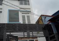 Nhà bán DTSD 110m2, 1 trệt 2 lầu, giá 1 tỷ 750tr ngay chợ Phạm Đăng Giảng