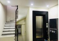 Bán nhà Phan Đình Phùng quận Ba Đình, 6 tầng thang máy, lô góc, Oto, S45m2.