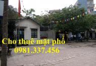 Cho thuê nhà mặt phố Huế, 200m2, MT 15m, 180tr/th, Quý mặt phố 0981337456