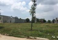 Cô Mai cần nhượng lại lô đất diện tích 10x30m gần cổng KĐT giá rẻ, LH 0906852909