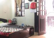 Cần bán nhà ngõ phố Tây Sơn, quận Đống Đa, nhà đẹp, DT 33m2, 5T, giá 3,25 tỷ.