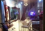 Gặp khách bán ngay Trương Định nhà 4 tầng, xe máy tránh, thoáng, đẹp, giá 1.95 tỷ, về ở ngay