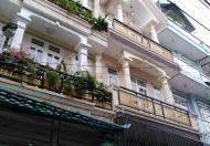 Giá thật vị trí đẹp nhà mới xây không tì vết, cần tiền bán nhanh