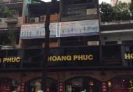 Biệt thự Cư xá Trần Quang Diệu - Lê Văn Sỹ, Q3. DT: 7.5x21m, 3 lầu