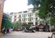 Cho thuê căn hộ chung cư 54 Hạ Đình, 2PN 2 VS, 90 m2, có điều hòa tủ bếp nóng lạnh, giá chỉ 7 tr/th