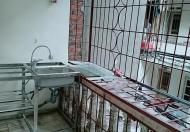 Cho thuê căn hộ tập thể số 10 Phan Văn Trường - Cầu Giấy - Hà Nội. LH Ms Khôi 0967763639
