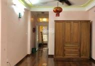 Cho thuê nhà phố Chùa Bộc, 50m2, MT 4m, 17tr/th, phù hợp làm văn phòng, dạy học