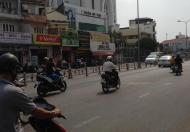 Cho thuê nhà MT Phan Đăng Lưu, Q.PN, DT: 9x26m, trệt, lầu. Giá: 230tr/th