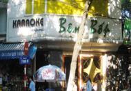 Cho thuê nhà làm Karaoke quận Hoàn Kiếm: 70m, 2 mặt tiền.