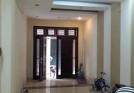 Bán nhà Hoàng Hoa Thám tỷ - khu VIP - ngõ thông thoáng 42m2 5 tầng chỉ 3.4 tỷ, LH 0978718848