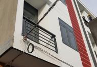Bán gấp căn nhà gần UBND Nhơn Đức, Lê Văn Lương, 5x5m, 3 tầng, 2PN, 1.15 tỷ