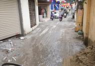 Bán nhà 60m2 nở hậu phố Trần Nguyên Hãn ô-tô đỗ cửa LH 0936.778.928