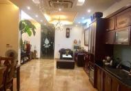 Bán nhà mặt phố Vân Đồn, vỉa hè siêu rộng, kinh doanh sầm uất. LH: 0363199819.