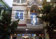 Nợ chồng chất cần bán gấp Nhà HXH Nguyễn Hồng Đào  - 0916845500