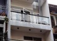Bán gấp nhà mặt tiền Huỳnh Văn Bánh, Phường 12. DT 4x27m trệt, 3 lầu
