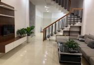 Bán nhà 3 tầng kiệt 3m, đường Hà Huy Tập, siêu đẹp (full nội thất)