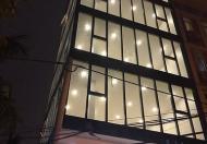 Cho thuê nhà Ngọc Khánh, DT 50m2 x 5 tầng, có thang máy, MT: 4m, giá: 43 tr/th, LH: 0339529298