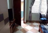 Cho thuê phòng trong ngõ 221 Hoàng Hoa Thám, quận Ba Đình, HN, giá 2,4 tr/tháng