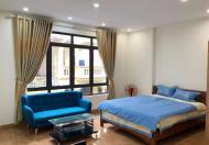 Cho thuê căn hộ dịch vụ đầy đủ đồ ở Lạc Long Quân. LH: 0988946566